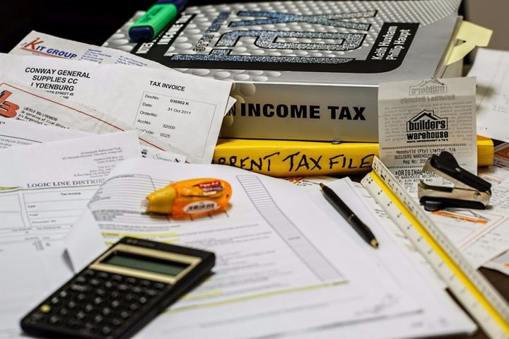 <p>Fact: stock photos of taxes always pretend computers don't exist.</p>