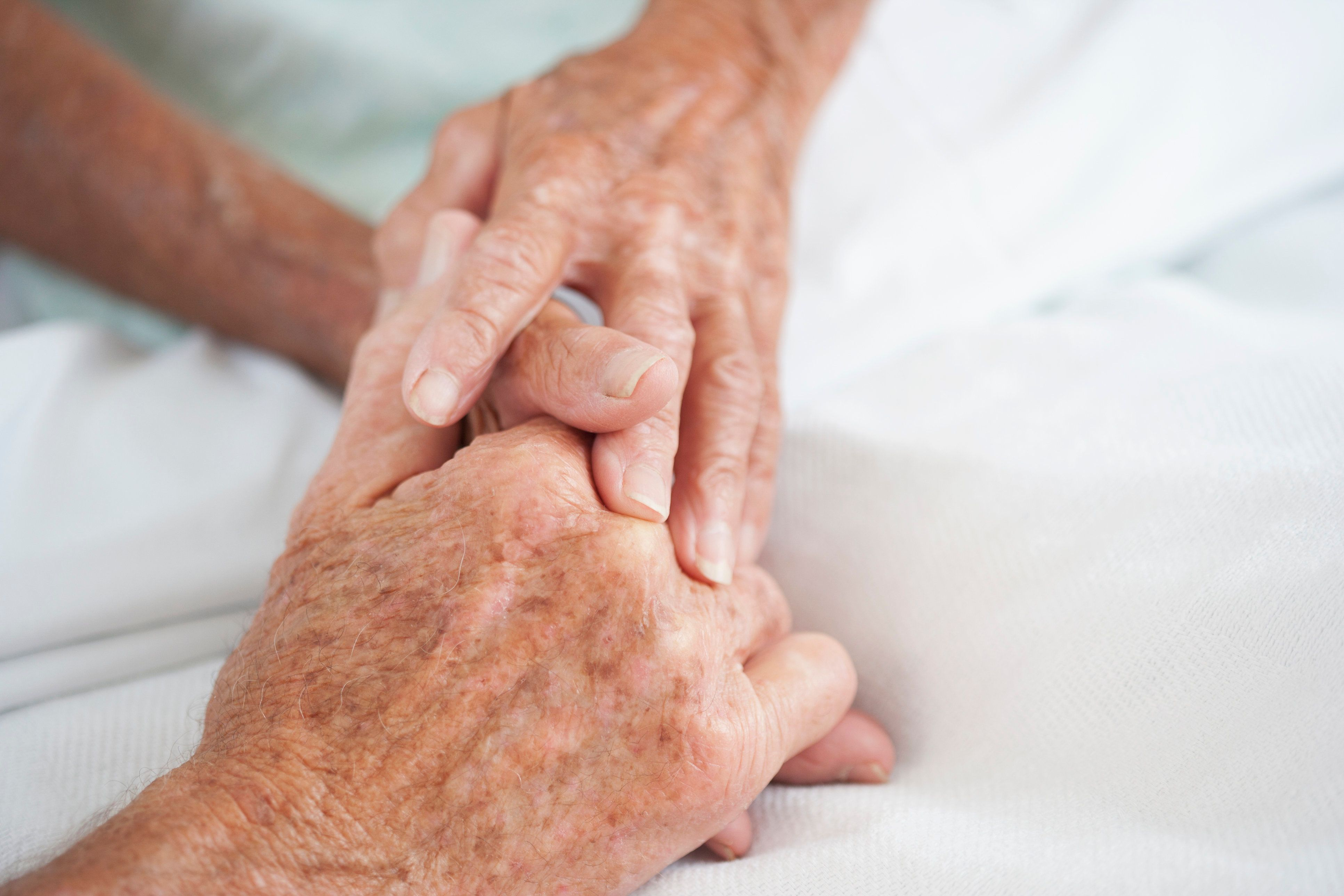 In Rare Double Euthanasia, 91-Year-Old Couple Died 'Holding