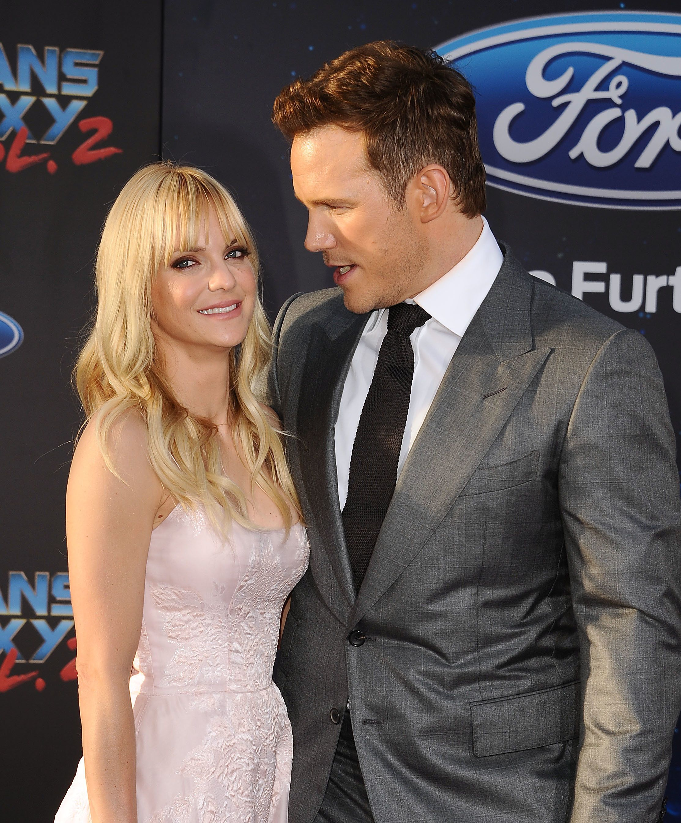 Anna Faris thanks fans for support following spilt from Chris Pratt