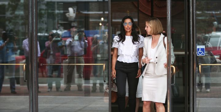 """""""Top Chef"""" host Padma Lakshmi leaves the John Joseph Moakley United States Courthouse in Boston on Aug. 7, 2017.She tes"""