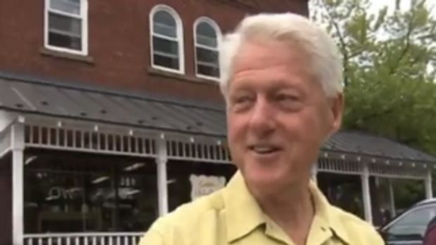 Someone Give Bill Clinton His Own Travel Show, ASAP