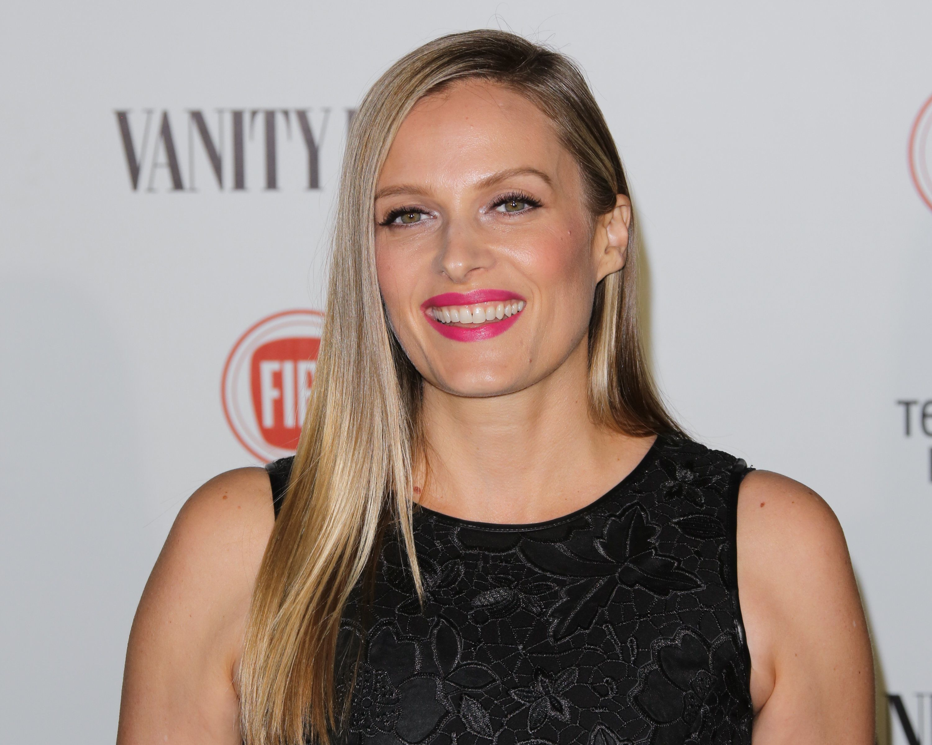 LOS ANGELES, CA - FEBRUARY 17:  Actress Vinessa Shaw attends the Vanity Fair and Fiat's toast to 'Young Hollywood' in support of Terrence Higgins Trust at No Vacancy on February 17, 2015 in Los Angeles, California.  (Photo by Paul Archuleta/FilmMagic)