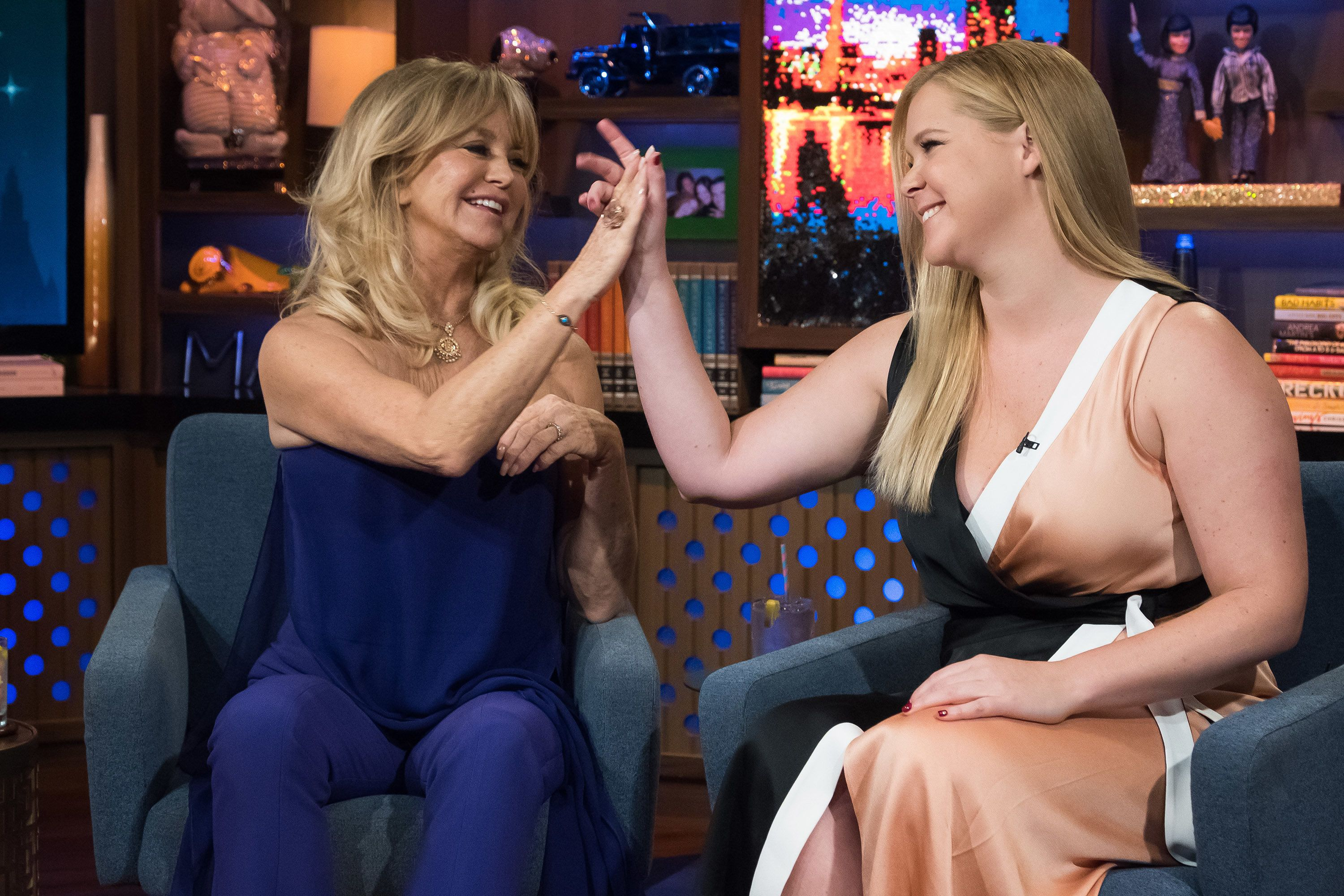 WATCH WHAT HAPPENS LIVE WITH ANDY COHEN -- Pictured (l-r): Goldie Hawn and Amy Schumer -- (Photo by: Charles Sykes/Bravo/NBCU Photo Bank via Getty Images)