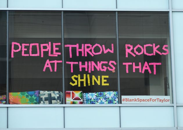 One of the window messages Craftsy posted for