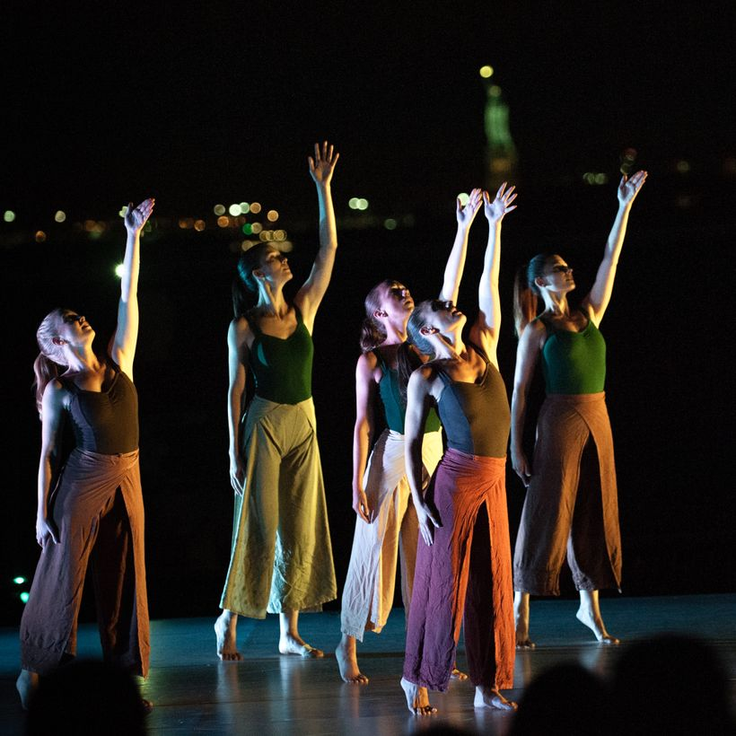 <strong>Tina Croll and Company </strong>in <em>Balkan Dreams</em> at Battery Dance Festival 2017.
