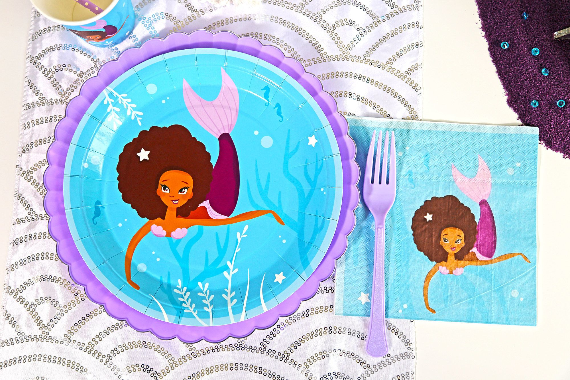 "Event planner Lynnette Abbott has started a <a href=""https://www.kickstarter.com/projects/craftmyoccasion/party-supplies-celebrating-children-of-color/description"" target=""_blank"">Kickstarter campaign</a> so she can print her first run of party supplies with characters of color."