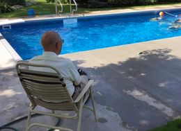 94-Year-Old Widower No Longer Feels Lonely After Building Community Pool In Back Garden