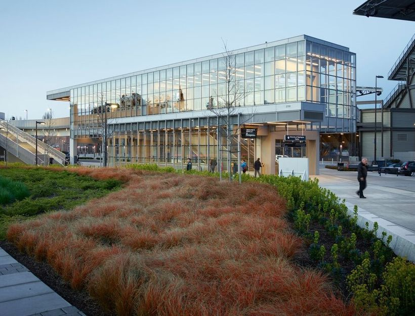 <em>University of Washington Transit Station, LMN Architects; Photo by Kevin Scott</em>