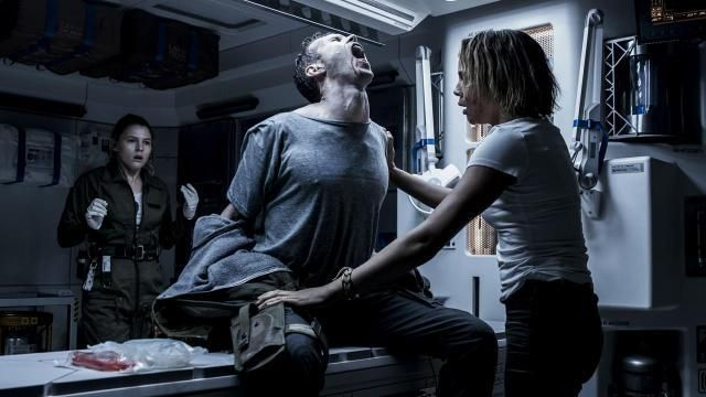 Contamination of space colonists in <em>Alien Covenant</em> caused slight discomfort for those infected.