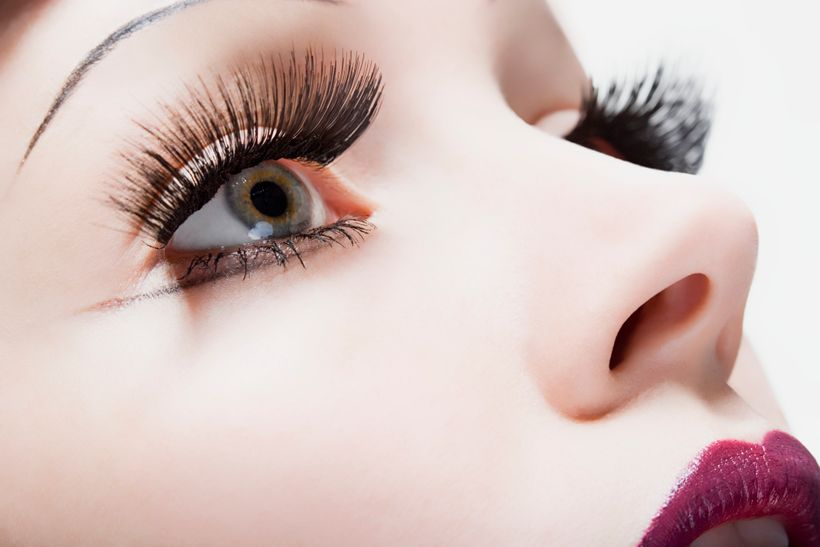 How To Put On Fake Eyelashes Without Ruining Your Natural Ones