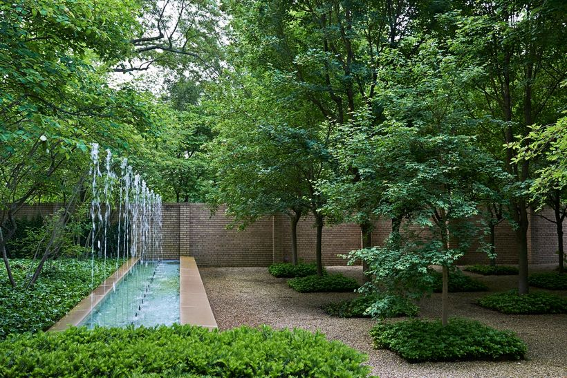 Hamilton Garden, Columbus, IN, 2013. Photograph © Millicent Harvey, courtesy The Cultural Landscape Foundation.