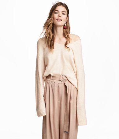 """<a href=""""http://www.hm.com/us"""" target=""""_blank"""">Shop H&M now</a>."""