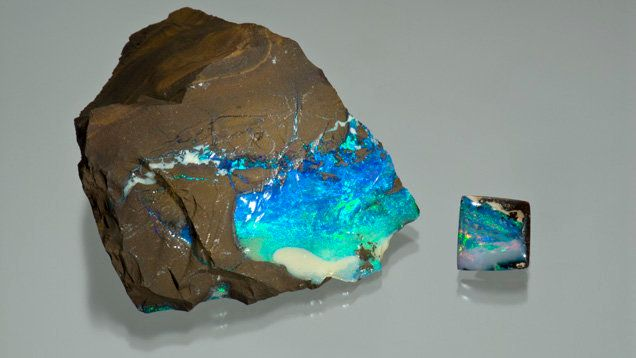 A seam of boulder opal on sandstone host rock.