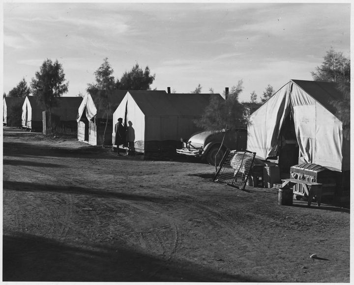 Quarters for African-Americancotton pickers on Cortaro Farms, south of Phoenix in Pinal County, Ariz.in 1940.&nbs