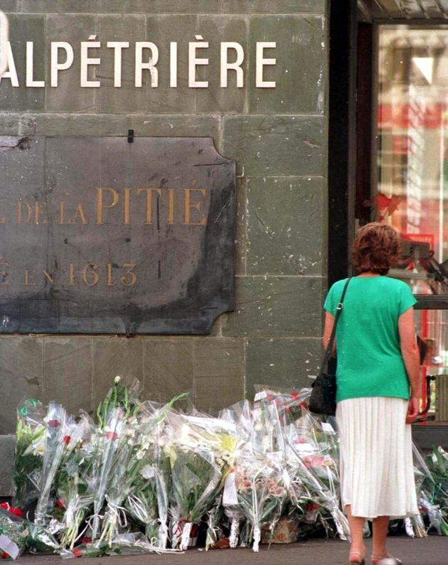 Flowers lain at thePitie Salpetriere in Paris, France after it was announced Diana had