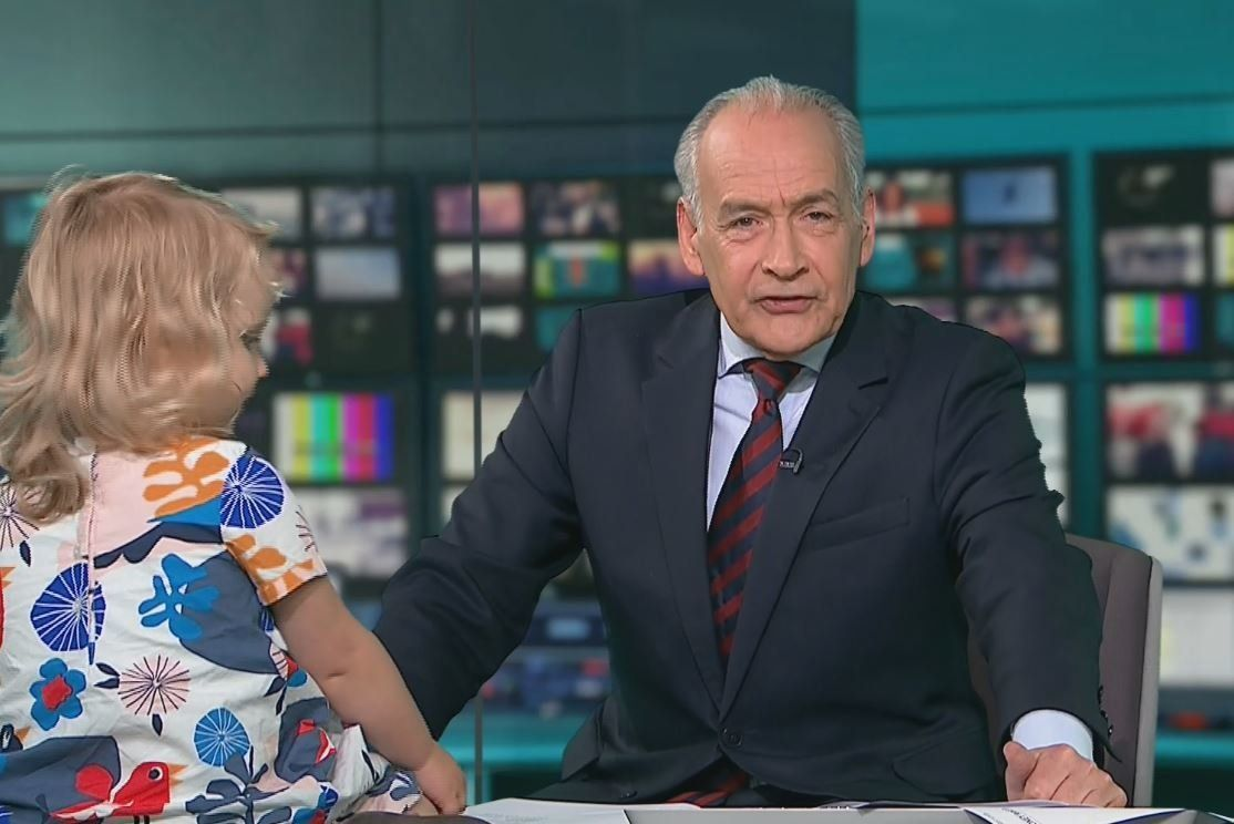 Toddler Causes Chaos On ITV Lunchtime