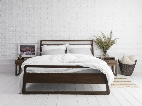 "<a href=""https://www.parachutehome.com/products/linen-duvet-cover?variant=4208064321"" target=""_blank"">Get it here</a>."
