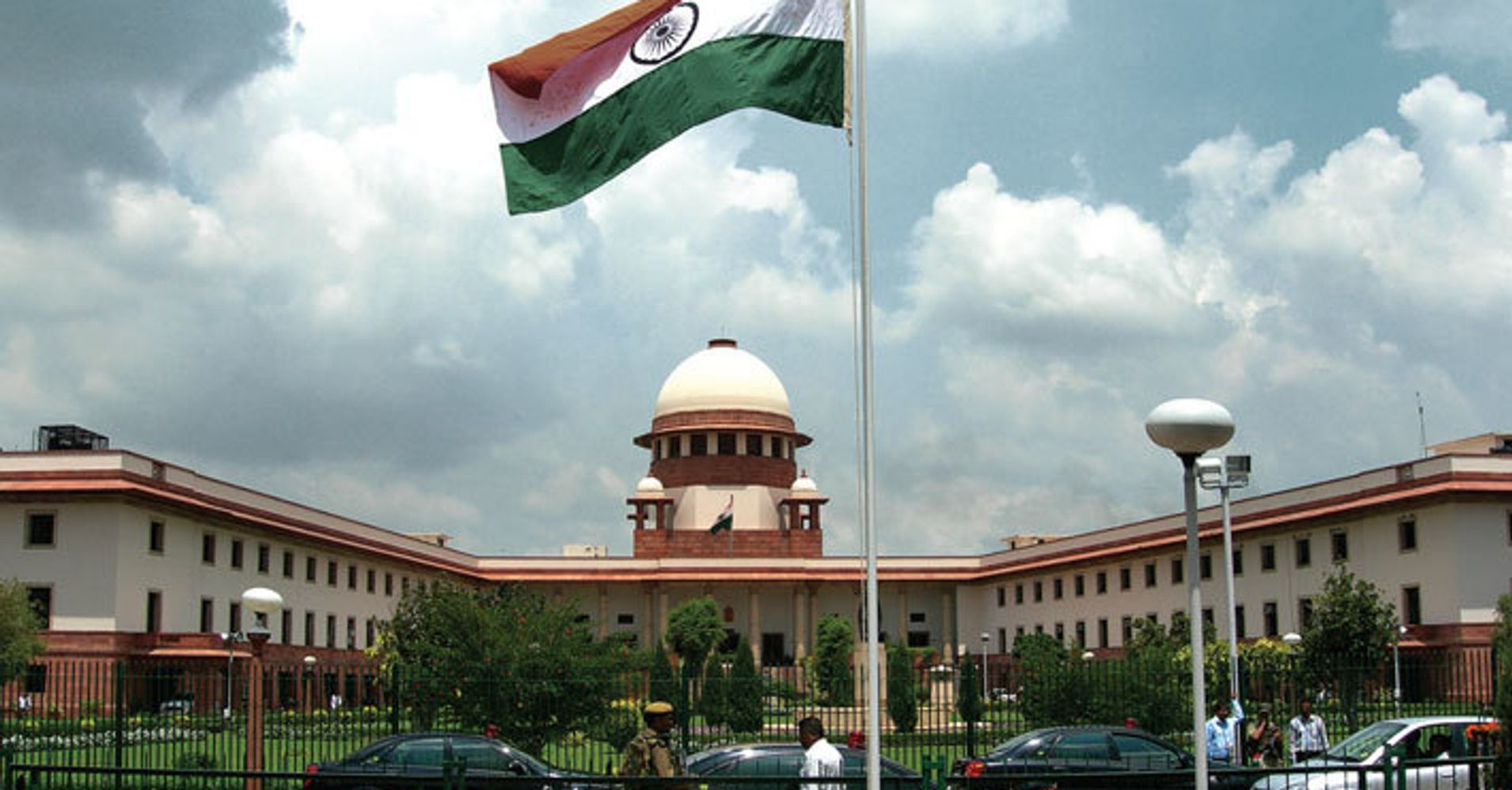 establishment of high court in india Hiiiiiiiiii there are 21 high courts in india india's unitary judicial system is made up of the supreme court of india at the national level, for the entire country and the 21 high courts at the state level.