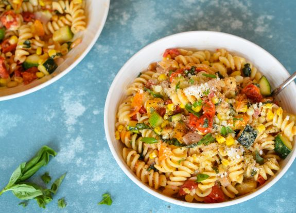 Summer In A Bowl Hang On To The Last Bits Of Season With This Incredibly Easy And Tasty Pasta Dish Made Roasted Veggies Sharp Pecorino