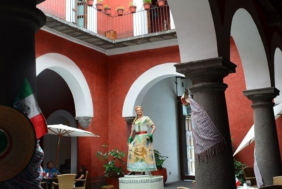 Statue of Mirra in the courtyard of a boutique hotel in Puebla.