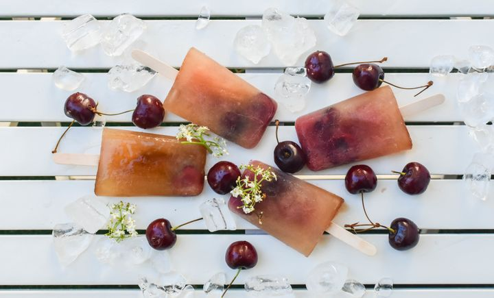 <p>Reverse Manhattan Popsicle made with Carpano Antica Formula and Templeton Rye Whiskey</p>