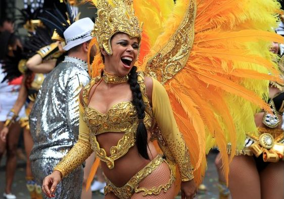 Steel barriers and ban on vehicles in place for Notting Hill Carnival