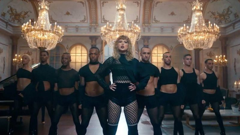 The Internet Thinks Taylor Swift's Video Looks A *Lot* Like Beyoncé's