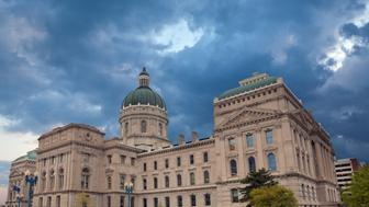 Image of the Indiana Capitol Building.