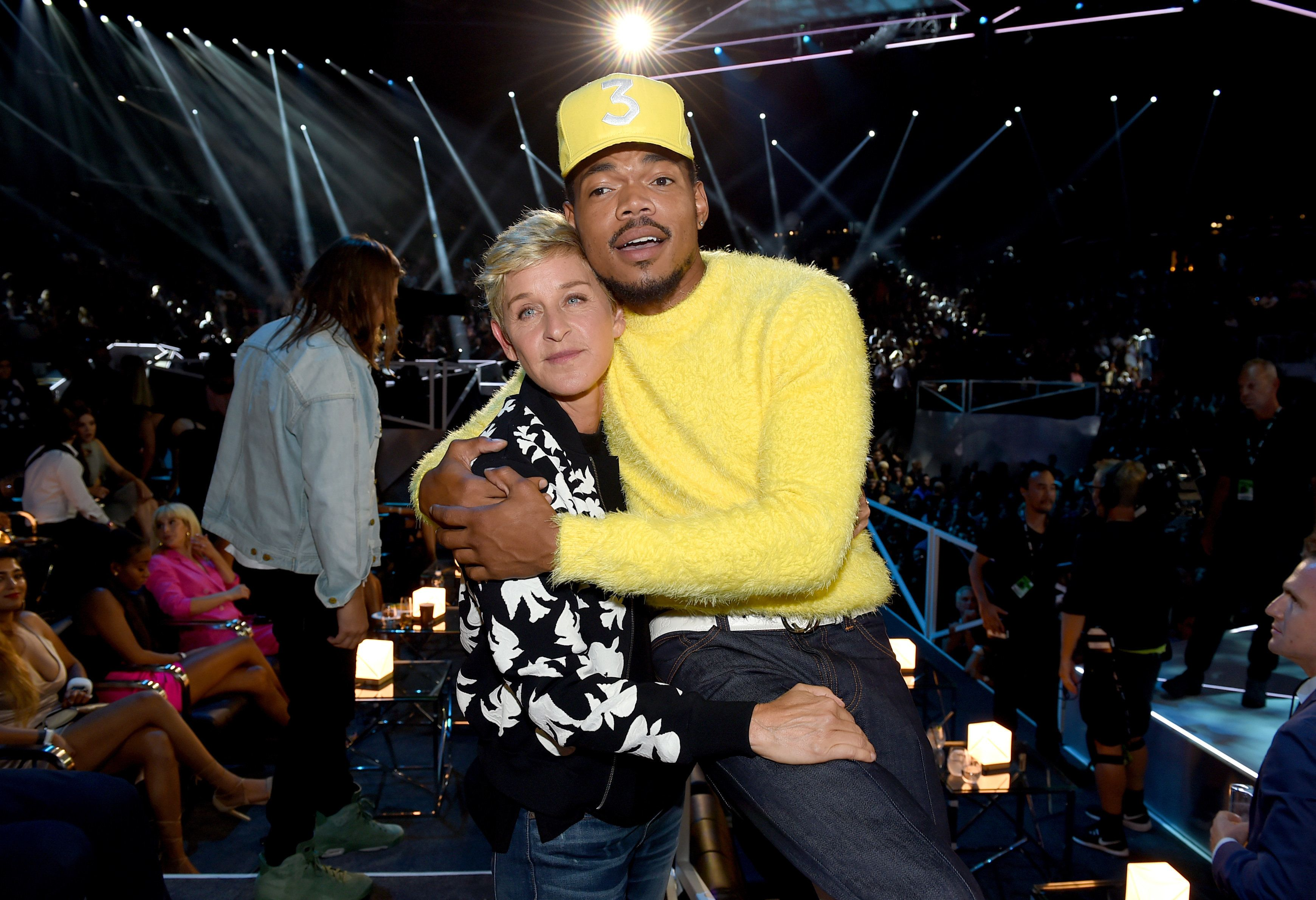 INGLEWOOD, CA - AUGUST 27:  Ellen DeGeneres (L) and Chance The Rapper pose during the 2017 MTV Video Music Awards at The Forum on August 27, 2017 in Inglewood, California.  (Photo by John Shearer/Getty Images for MTV)