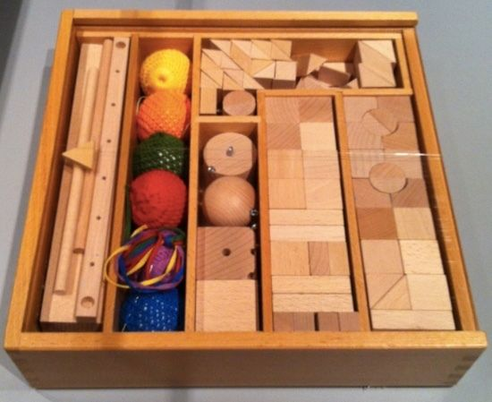 <p>Froebel Gifts</p>