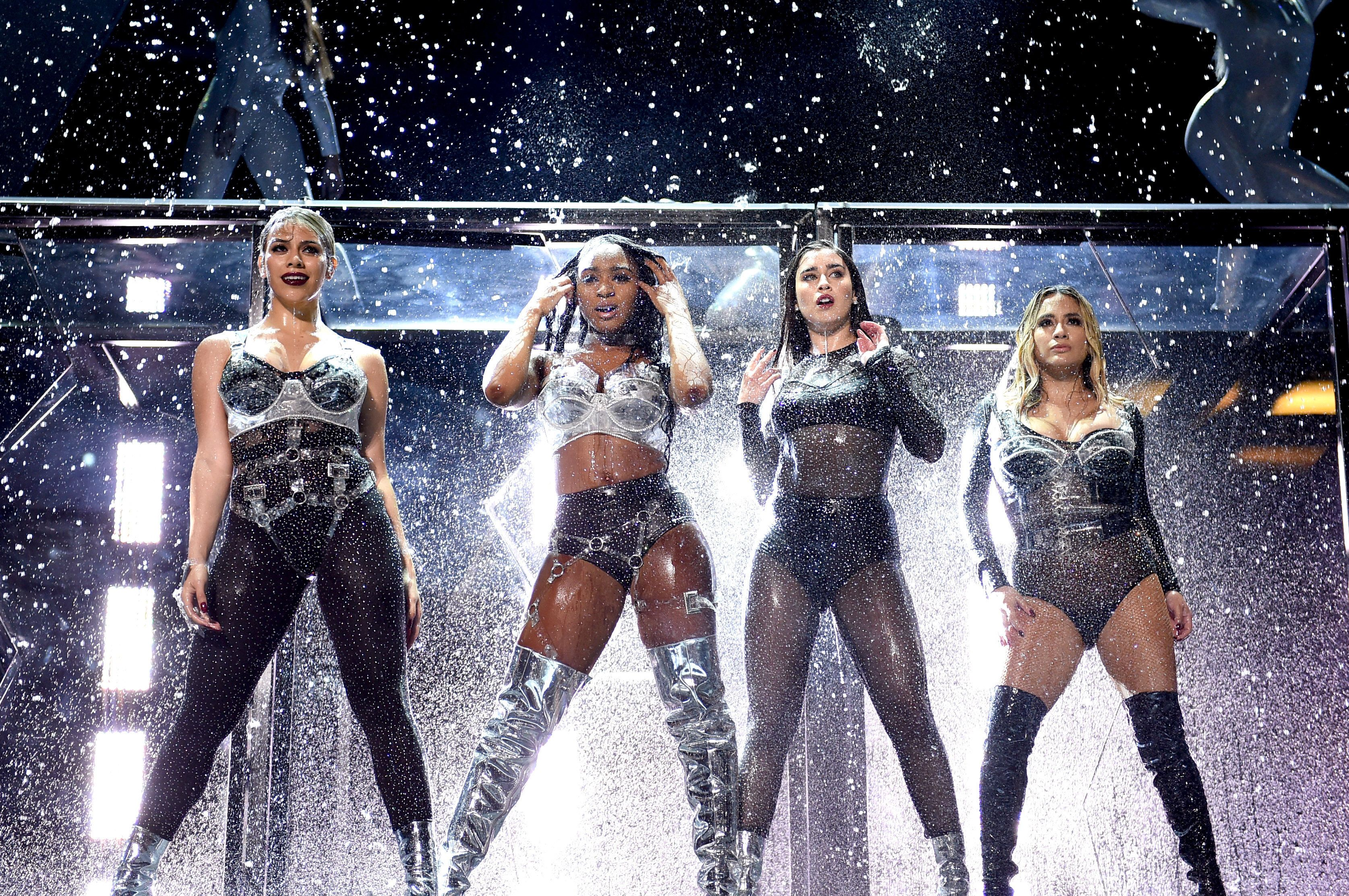 INGLEWOOD, CA - AUGUST 27:  (L-R) Dinah Jane, Normani Kordei, Lauren Jauregui, and Ally Brooke of Fifth Harmony perform onstage during the 2017 MTV Video Music Awards at The Forum on August 27, 2017 in Inglewood, California.  (Photo by John Shearer/Getty Images for MTV)
