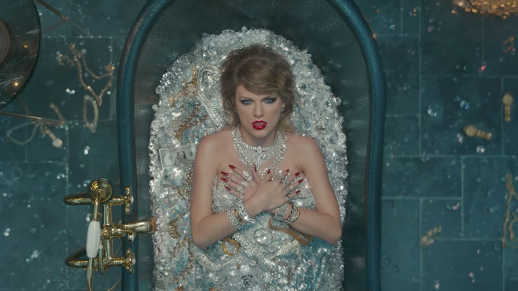 Taylor Swift's 'Look What You Made Me Do' Video References