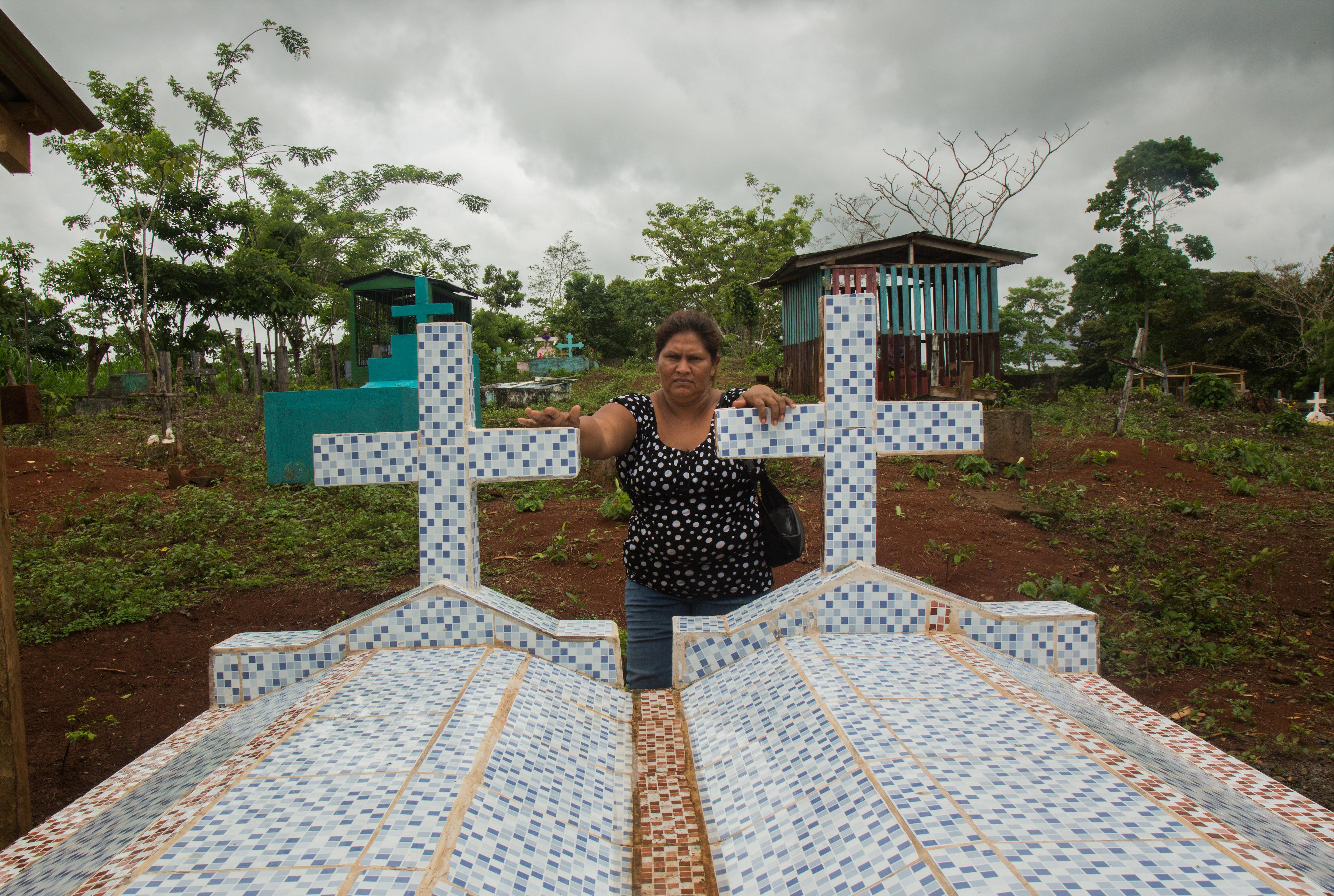 Francisca Ramirez visits her family cemetery in La Fonseca, Nicaragua. (Tom Laffay / Amnesty International)