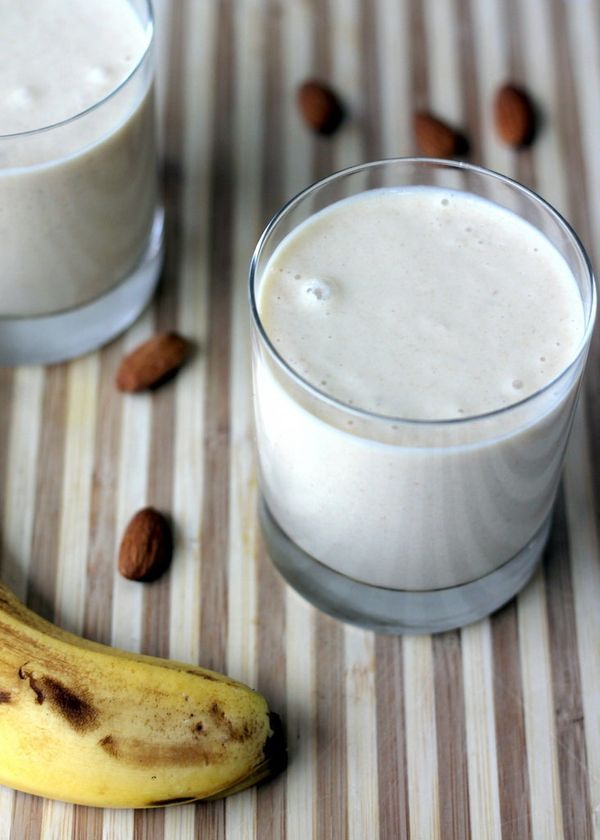 """<strong>Get the <a href=""""http://www.ambitiouskitchen.com/2013/02/vegan-almond-butter-banana-oat-smoothie/"""" target=""""_blank"""">Ve"""