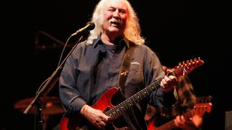 Musician David Crosby performs during a benefit concert to help defeat Proposition 32 on the State of California?s November election ballot at Nokia theatre in Los Angeles, California October 3, 2012.   REUTERS/Mario Anzuoni (UNITED STATES - Tags: POLITICS ENTERTAINMENT)
