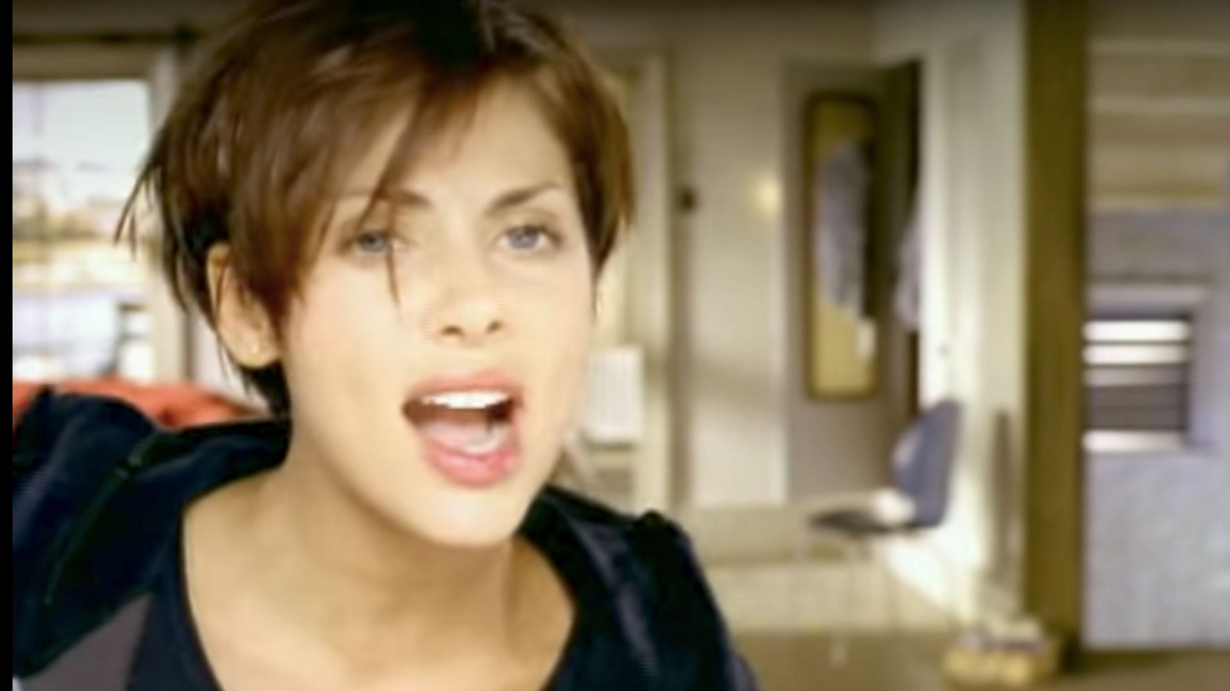 Apparently 'Torn' By Natalie Imbruglia Is A Cover And