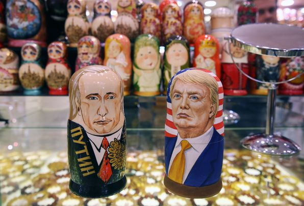 MOSCOW, RUSSIA - NOVEMBER 8, 2016: Russian dolls in the likeness of Russia's president Vladimir Putin (L) and US presidential candidate Donald Trump in a souvenir shop. Mikhail Pochuyev/TASS (Photo by Mikhail Pochuyev\TASS via Getty Images)