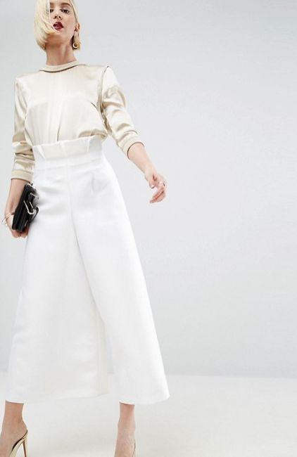 "<a href=""http://us.asos.com/asos-white/asos-white-high-frill-waist-pants/prd/7761842?clr=white&SearchQuery=&cid=13504"