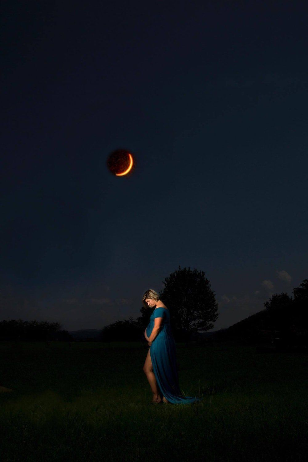 """""""When we heard about the eclipse, we knew we had to try to get the shot,"""" Cruikshank told HuffPost."""
