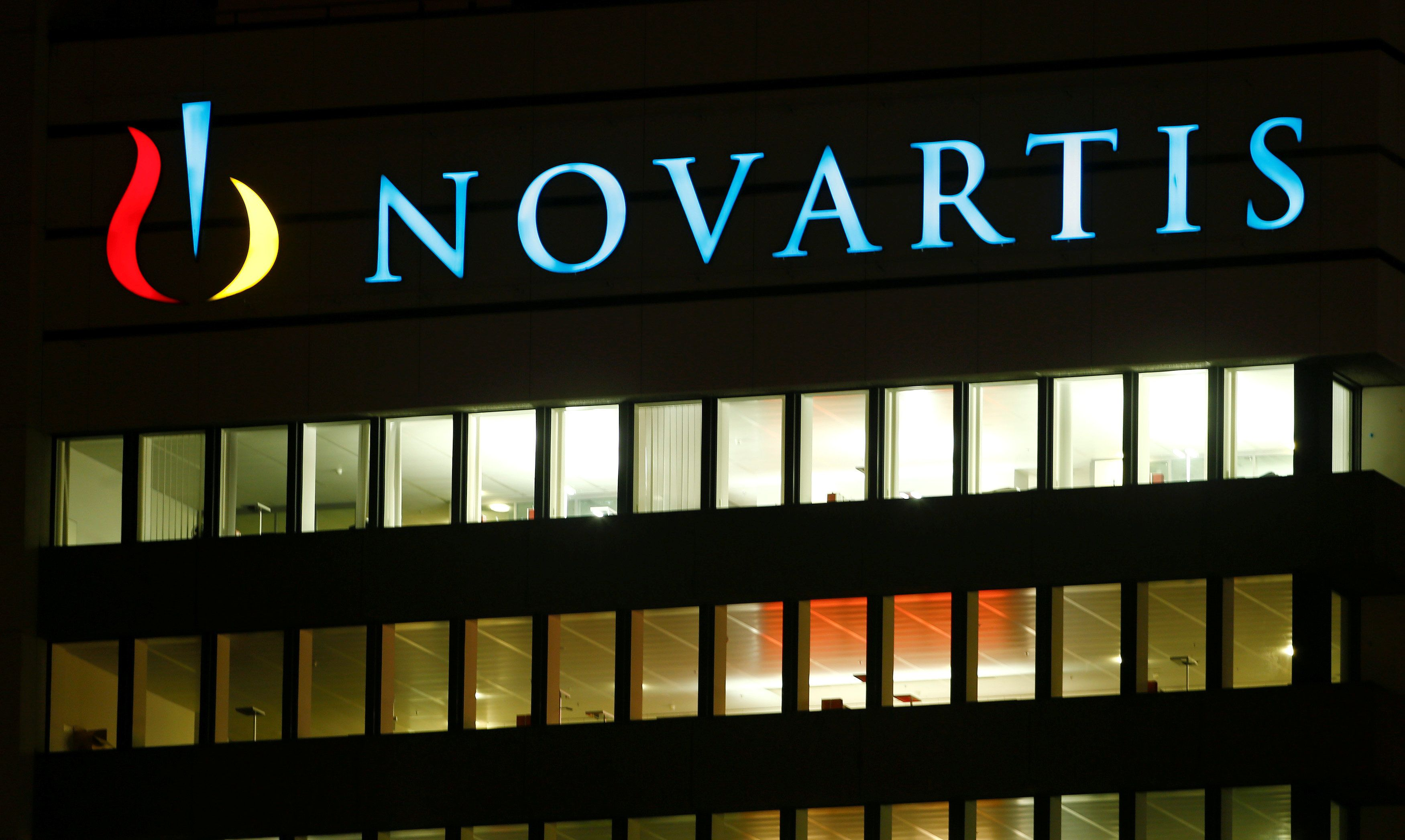 The logo of Swiss drugmaker Novartis AG is seen at its headquarters in Basel, Switzerland January 25, 2017. REUTERS/Arnd Wiegmann