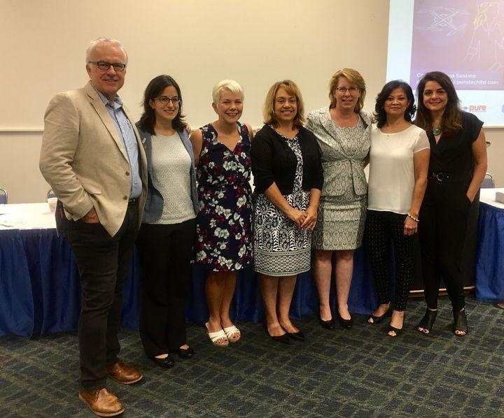 <p>John Smith, Anna Santino, Susan Donnally, Marlee Franzen, Karen Pallansch, Cece Nguyen and Davar Ardalan at the Women's Networking Breakfast. </p>
