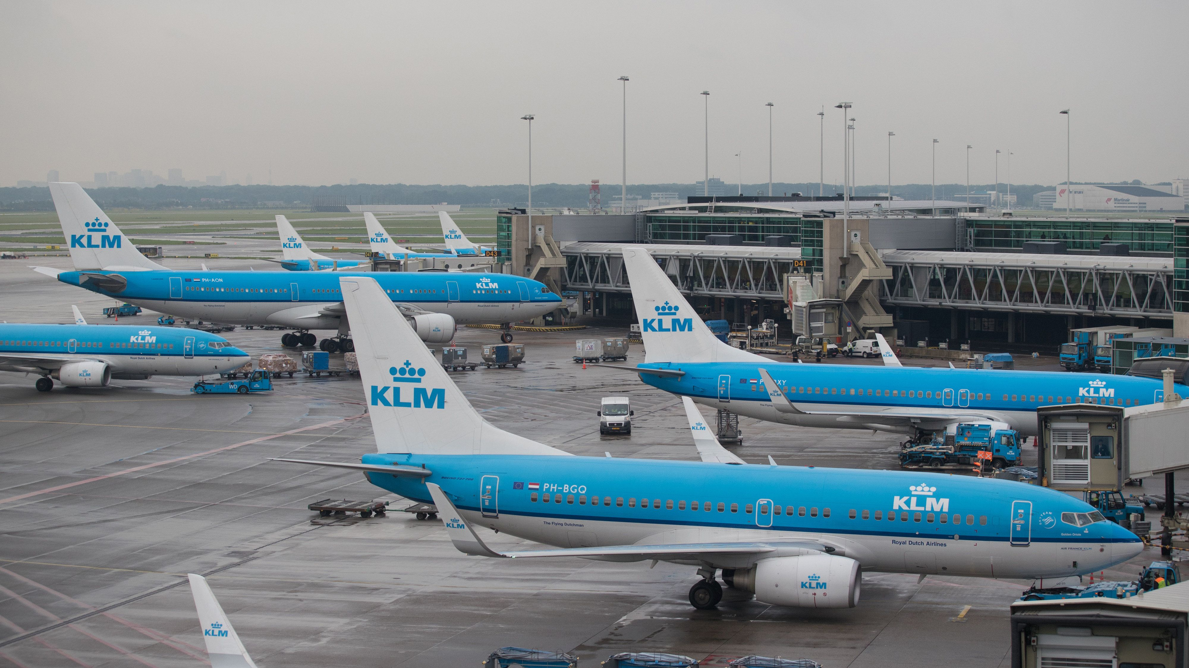 European airlines back tough restrictions on British rivals after