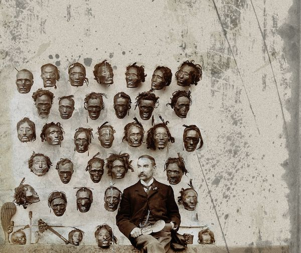 Nineteenth-century British army officer Major-General Horatio Gordon Robley collected preserved heads. The New Zealand Wars b