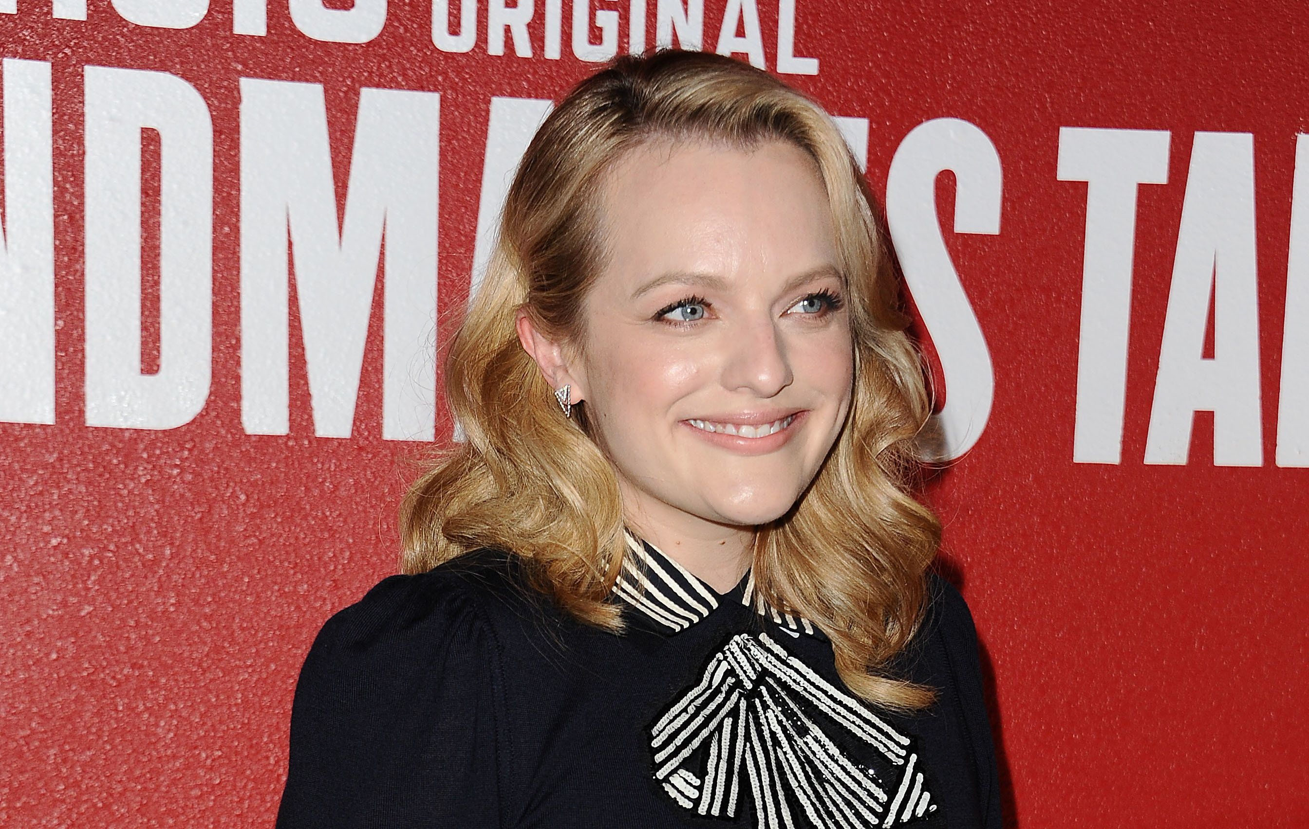 LOS ANGELES, CA - AUGUST 14:  Actress Elisabeth Moss attends 'The Handmaid's Tale' FYC event at DGA Theater on August 14, 2017 in Los Angeles, California.  (Photo by Jason LaVeris/FilmMagic)