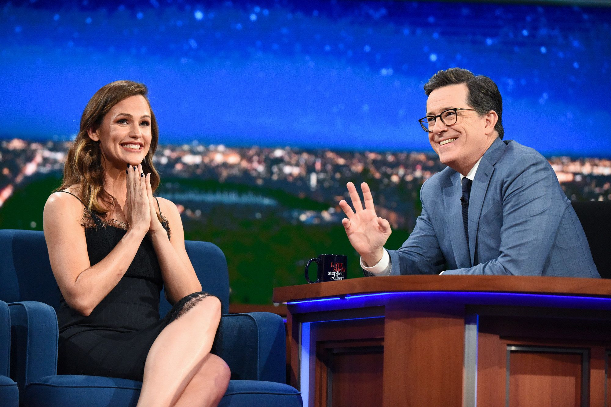 NEW YORK - MAY 19: The Late Show with Stephen Colbert and Guest Jennifer Garner during Friday's May 19, 2017 show in New York. (Photo by Scott Kowalchyk/CBS via Getty Images)