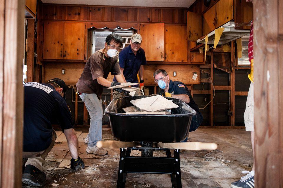 Crewsof volunteers at work in