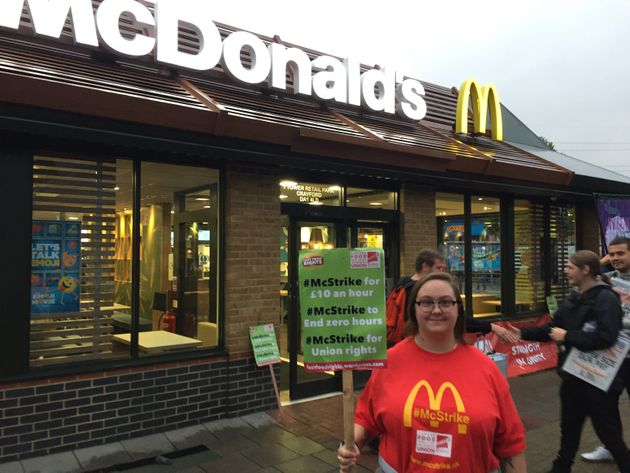 McDonald's workerKayleigh Loganjoined a dozen colleagues in a protest outside the Crayford