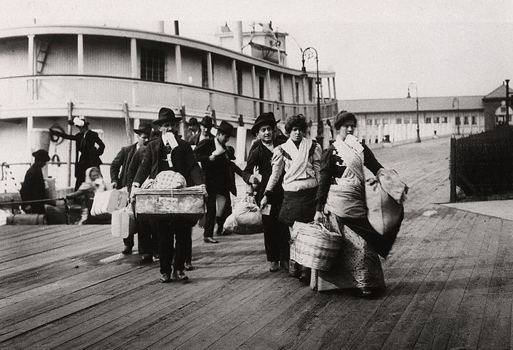 An earlier wave of immigration arrives in New York.