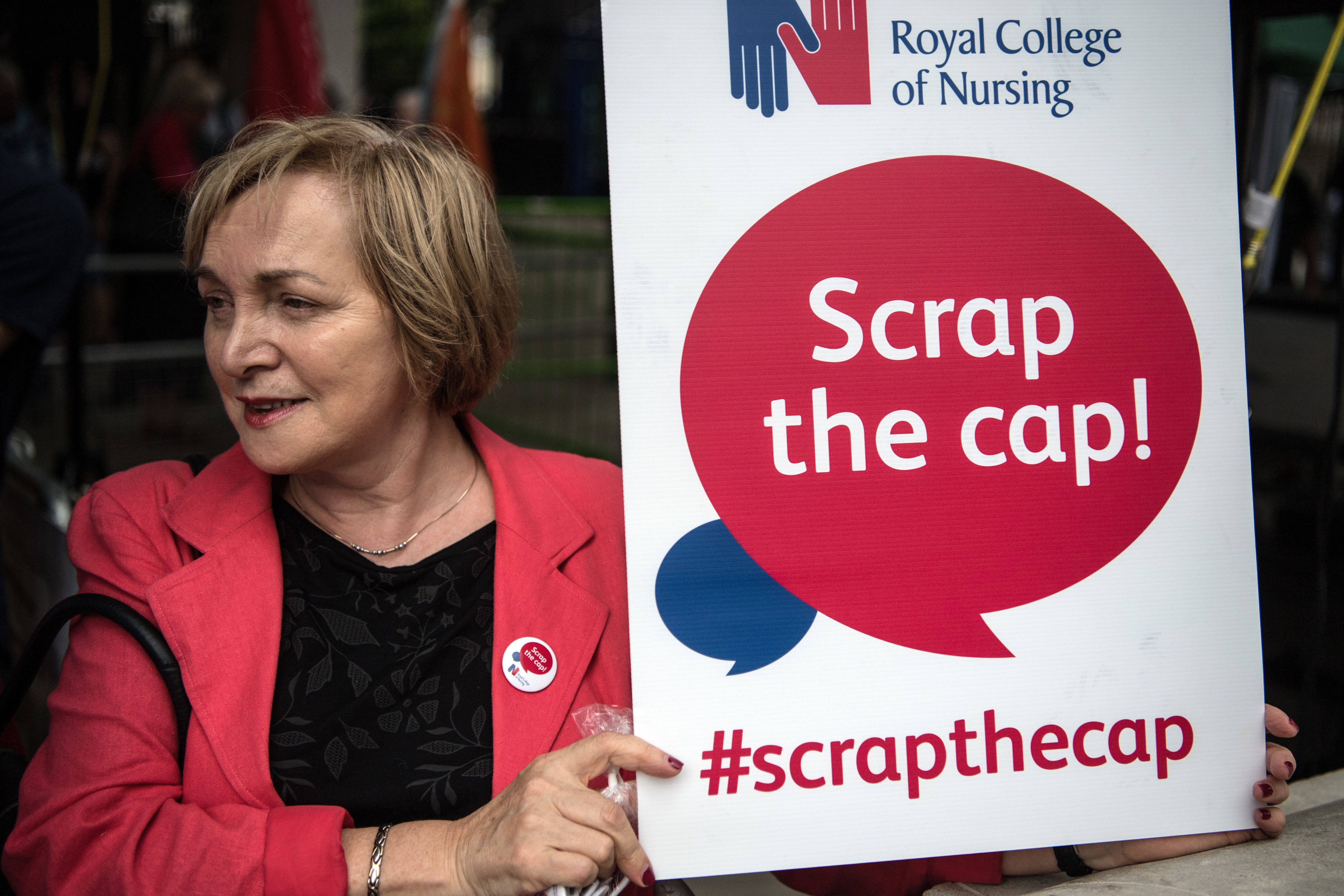 Government tight-lipped on possible ending of 1% public sector pay cap