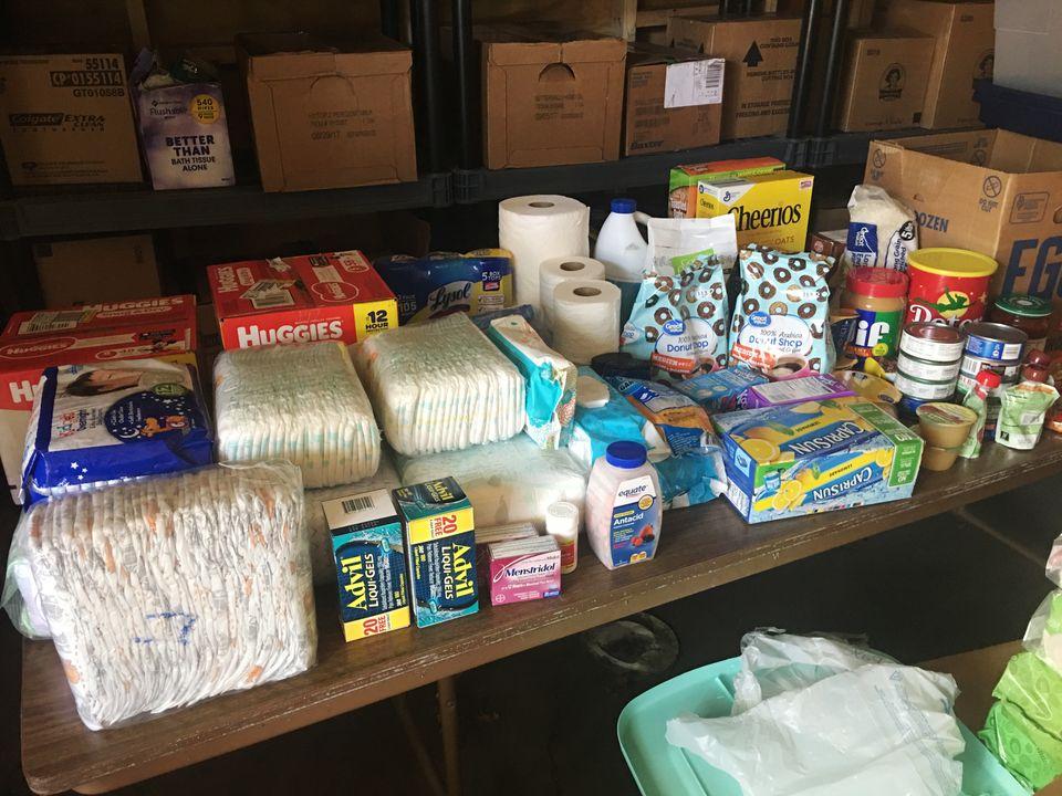 Depois do furacão Harvey, o estoque de suprimentos do The Door caiu